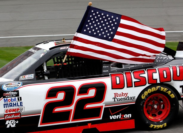 Keselowski wins Nationwide at Michigan