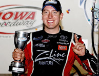Kyle Busch wins U.S. Cellular 250